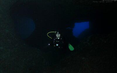 Sardynia, czyli jaskinie i czerwony koral